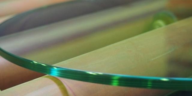 Обработка кромки (полировка) на криволинейных изделиях