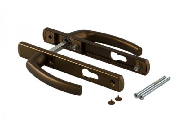 Ручка-накладка на пластиковую дверь двухсторонняя под цилиндр 92 мм коричневая
