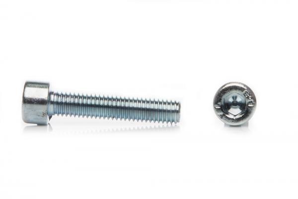 Винт с цилиндрической головкой и внутренним шестигранником DIN 912 М6*45 мм