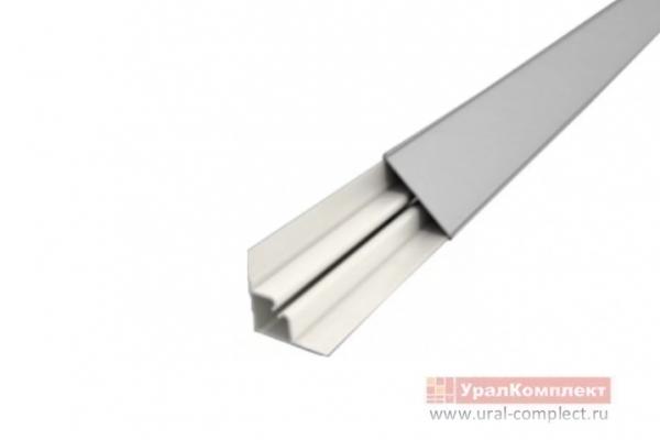 Плинтус 3 м алюминиевый
