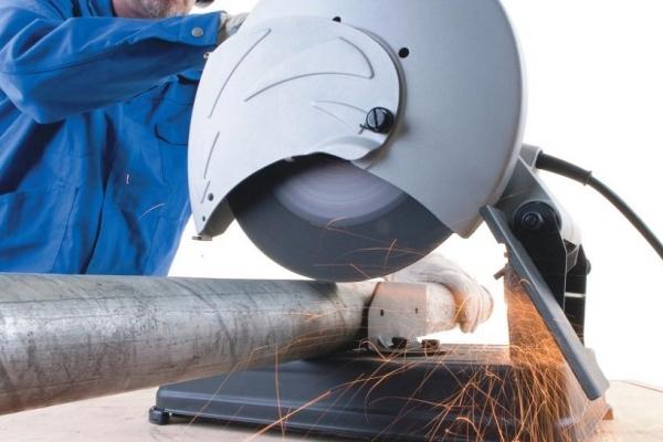 Труба электросварная стальная D-наружный 76 мм (цена за метр погонный в рез)