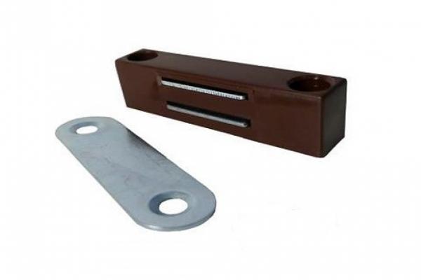 Держатель магнитный для москитной сетки коричневый